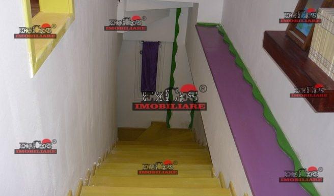 Inchiriere 3 camere in vila in zonaDristor, Rompetrol