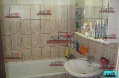 Apartament cu 3 camere in zona Titan, Mihai Bravu metrou, decomandat